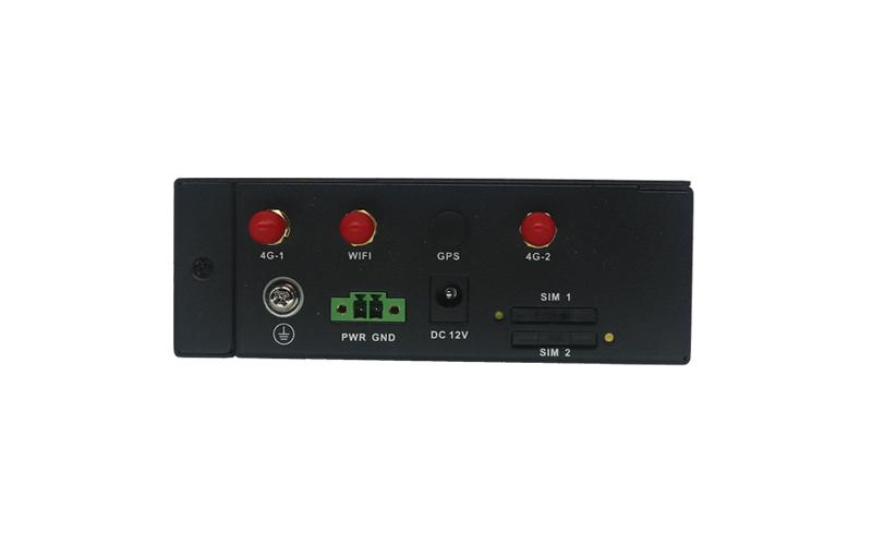 SR700-D工业路由器(双模双卡)